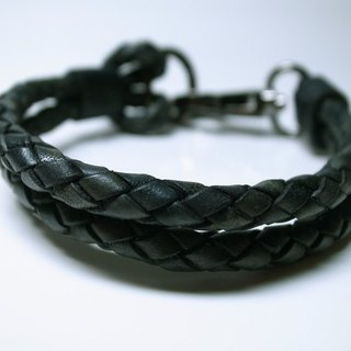 Carbon black irregular hand-dyed vegetable tanned leather rope six shares personalized buckle bracelet hand-made leather in New York