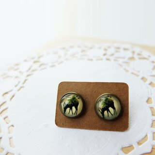 Creek deer earrings