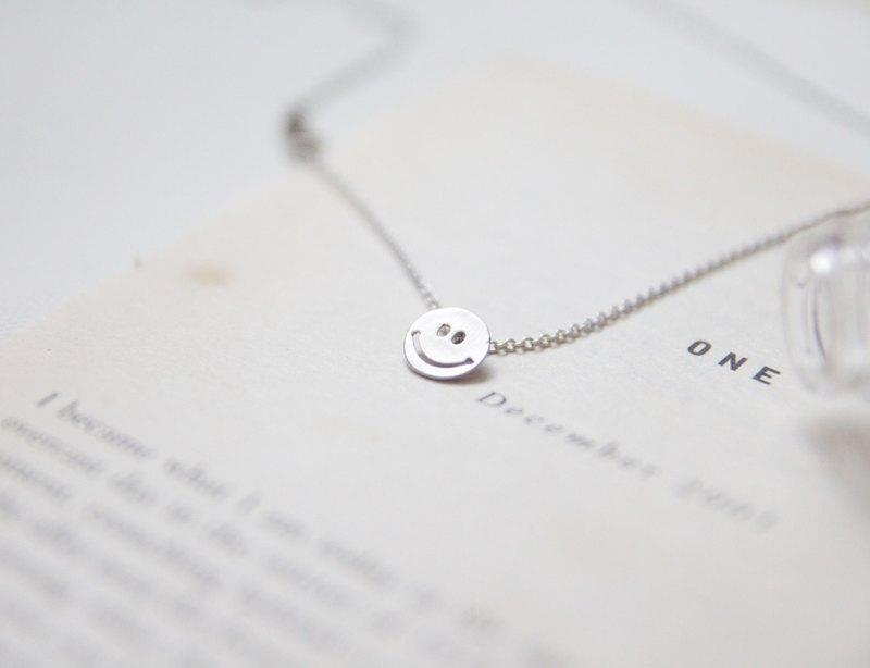 Silver necklace ◊ Always happy smile
