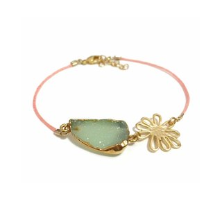 Little Elegant Gold Plated Druzy Agate Bracelet