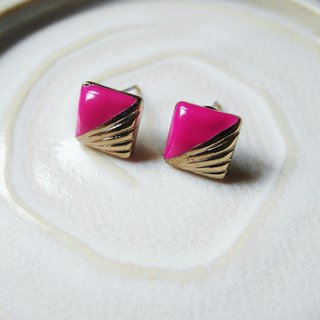 Time Travel vintage reserve pin earrings【A touch of Purple】