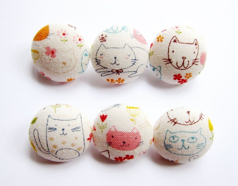 Cloth button sewing knitting hand-made material kitty graffiti