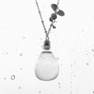 Fill in the blank  Storm glass necklace ( No.10 Water drop bottle)