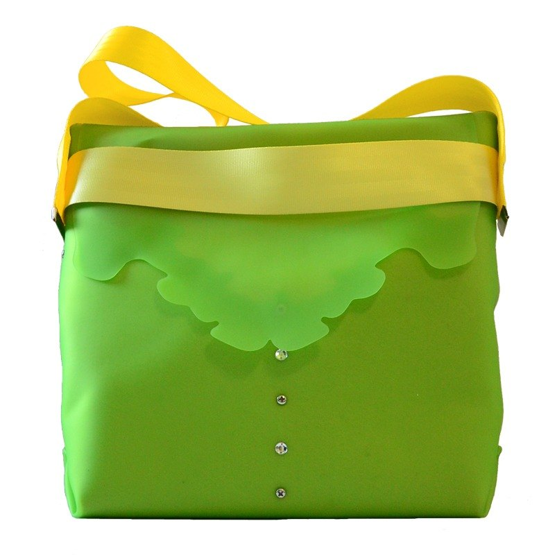 Screws assembly Shito out Duothic bright colored candy shoulder bag (Hong Kong Design brand)
