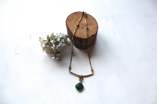 The emerald - green lotus forest series corundum necklace