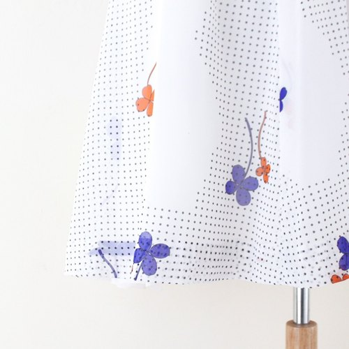 [RE0708D388] Great little fresh retro purple-orange flowers creamy white short-sleeved vintage dress