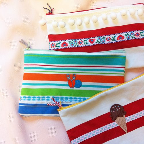 Marygo ﹝ white balls, ice cream, bowling ﹞ Ribbon embroidery color zipper pouch Universal