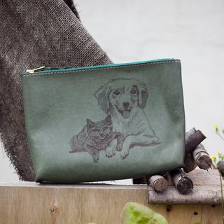 Olive green leather hand-stitched small zipper cosmetic bag clutch pyrography cats and dogs