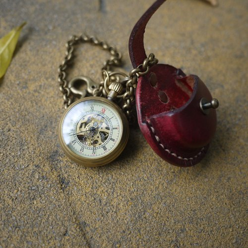 Skarn Shika // vintage brass pocket watch Clockwork x hand-made leather (out of print)