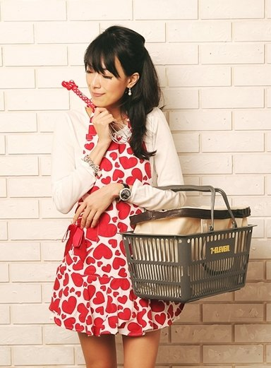 Spot. Free transport! United States system. Adults with - Genki Japanese adults happy aprons US drama Sex and the City actress with cuff style with a long 69cm each figure are fitness wear (full version love money)