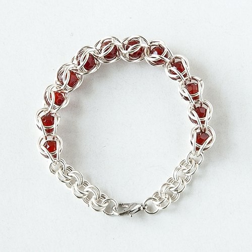 Loop string bracelet with ruby ​​circle (A paragraph - red) / wire / beads / Leather matter / hand-made /