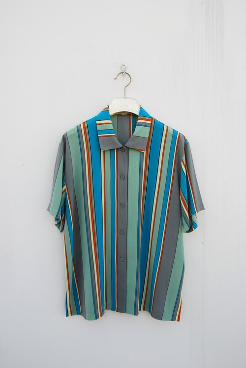 Vintage short sleeve shirt