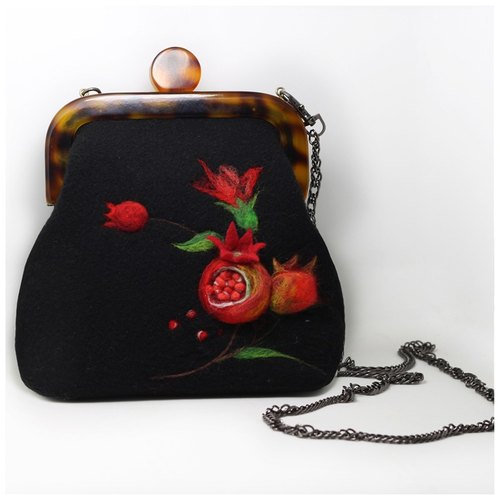 Handmade customized wool felt needled bag ( Item as picture shown)—black