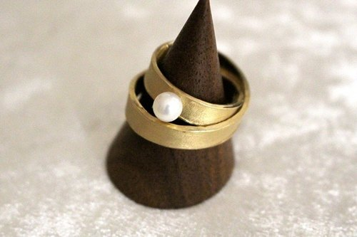 Infinity Ring 2 (Gold color)