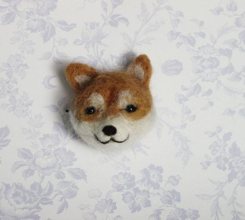 Hall} {wool felt little eyes Shiba Inu badge clip or brooch
