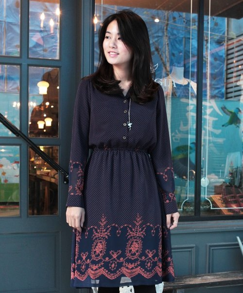 GT court wreath retro collar long-sleeved dress