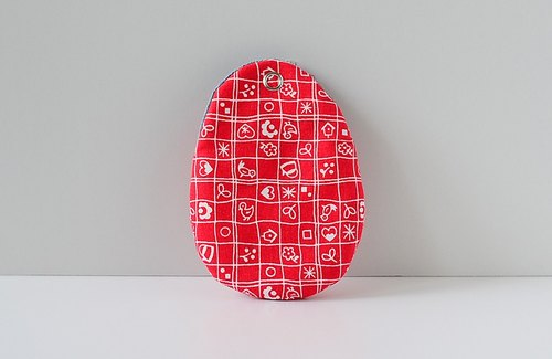 Spoon eggs package. KeyCozy. Child painting (red)