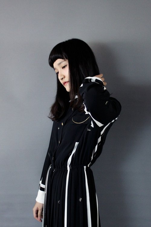 [RE0916D561] early autumn black and white striped long-sleeved vintage mathematical formula stitching dress