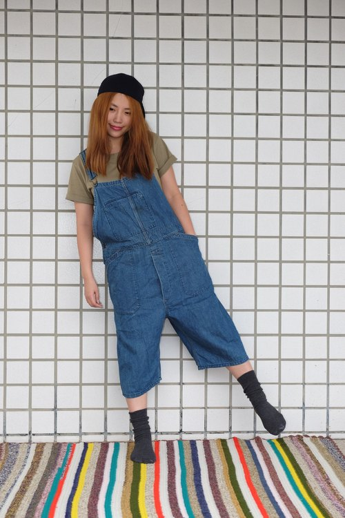 """Jumpinglady"" Nippon VINTAGE retro vintage bib pants hanging Wide Bandwidth colored denim pants wide tannic texture classic special"