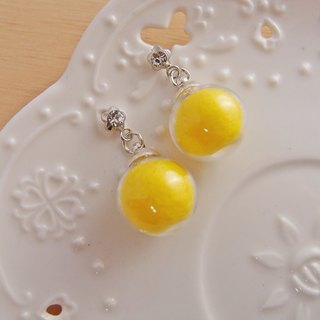 Dream crystal ball. Tender Yellow x Candy Ball x Glass Ball x Silver Needle Steel Earrings Spiral Ear Clips