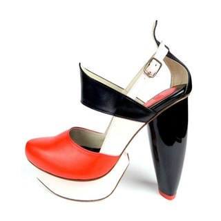 CLAVE [A Season for Murder] DECLARE (Orange Red)-Platform shoe