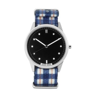HYPERGRAND - 01 Basic Series - TARTAN Classic Blue and White Plaid Watch (Silver)