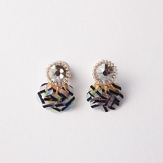 "clip on earrings""bijoux & stripe"""
