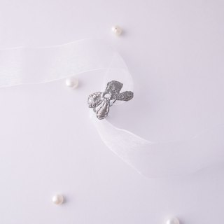 Silver Present Ribbon BOW  Lace Ring