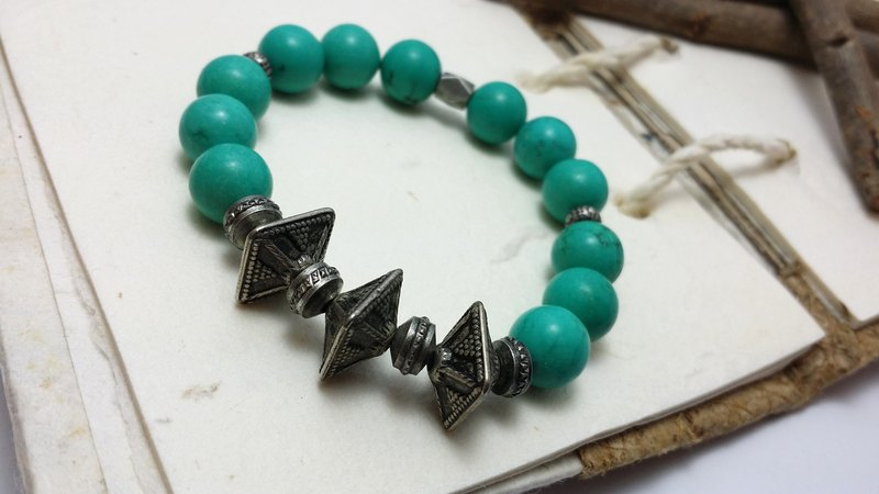 ◎ personalized style bracelet corners ancient silver turquoise