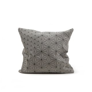 Tamara pillow gray