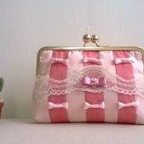pinpin candy 粉紅緞帶口金包 手拿包 化妝包 萬用包包