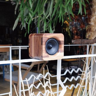 MIN622 PORTABLE BLUETOOTH SPEAKER-WALNUT