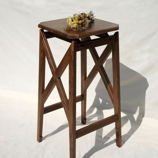 Vincenzo wood sen zuo mu / Swallowtail (high chair)