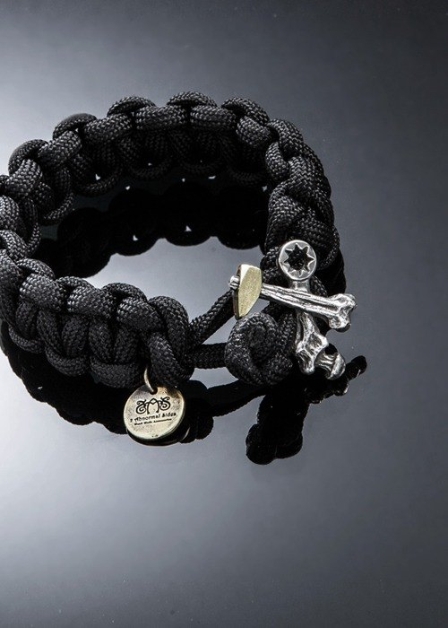 Hammer cross bones Paracord Survival Bracelet | Cross hammer survival bracelet
