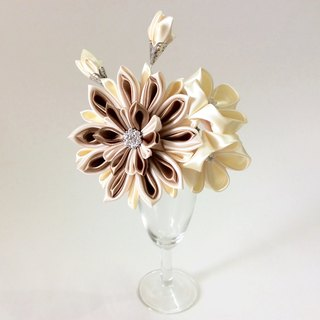 Kanzashi gold white ribbon flower comb hair accessories wedding accessories(つまみ細工)