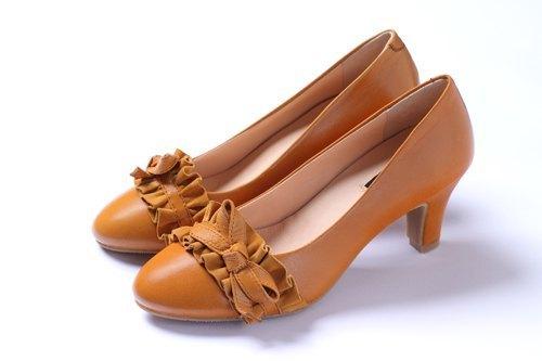 棕 滾邊蝴蝶結修長跟鞋