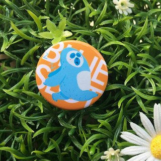 CHUMIO RUN Series: Illustration Badge Pin / Magnet (Sloth)