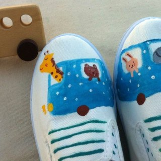 Q + J-painted shoes - Animal Fun bus travel pouch attached cute yo!