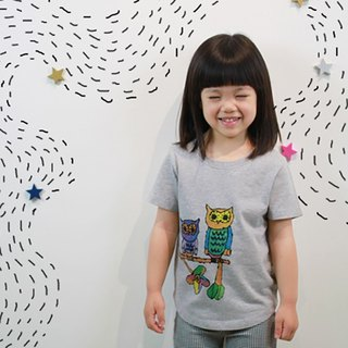 Children's cotton hand-printed t-shirt - childlike owl under the stars