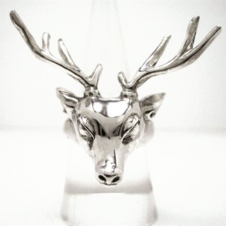 def jewelry ring [deer deer] (black and silver color)