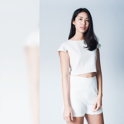 SHORT SLEEVE CROP TOP-WHISPER WHITE