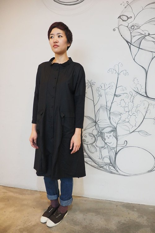 & By tan & luciana different melodic black cardigan dress