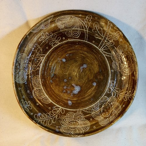 Plant Series - hand carved wreath pattern ceramic plate six inches deep dish (center)