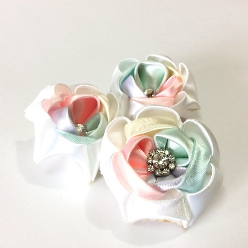 Ribbon flower brooch pins zu ma late fretwork Bows color