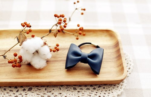 [Good day] Simple hand-made leather bow hair ornaments (dark blue)