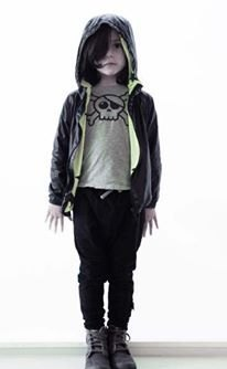 Nununu wind Hoodie (inside fluorescent yellow stars / inside full version of the black mini skull)