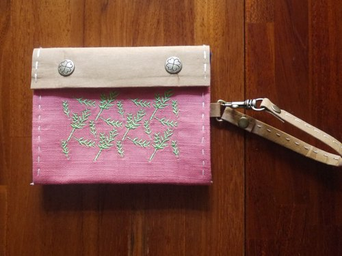 Romantic plants / Japanese wind / printing / hand sewing / embroidery purse / washed kraft paper