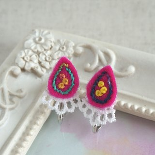 "Hand embroidery earring""Vivid drop"""