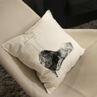 [L] ion lion: hand-painted letters pillow