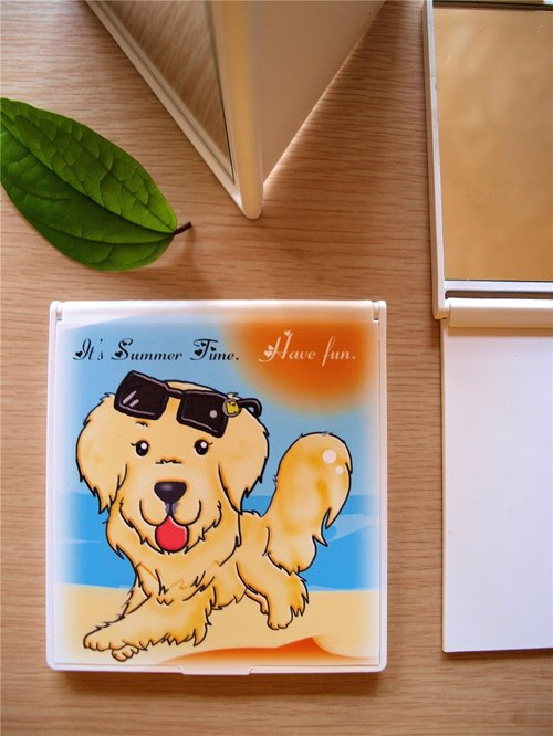 """NONCOOL‧ Cool farming"" the new golden retriever small square mirror *"